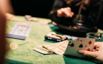 Building niche sites a lot like gambling